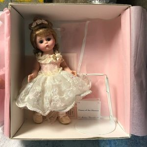 """Madame Alexander """"dance of the flowers""""doll"""